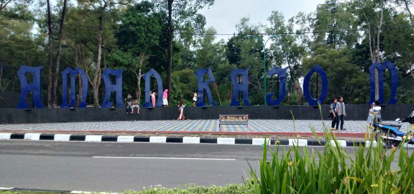 """Taman Rajo Mudo """"Jambi Indah"""""""