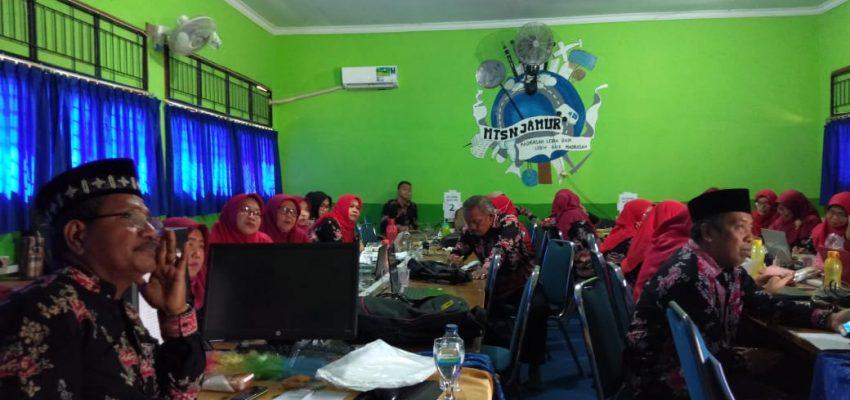"""Literasi Kita Indonesia dan MTs N. 4 Kota Jambi """"Workshop Publikasi Ilmiah"""""""